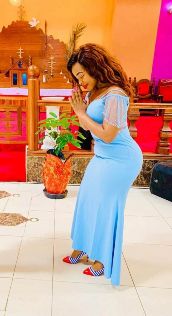 20 photos of musician Mary Lincoln that prove Njogu wa